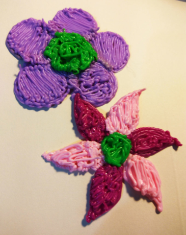 3d pen plastic purple and pink flowers