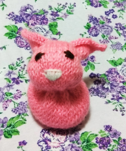 Knit one square pink rabbit