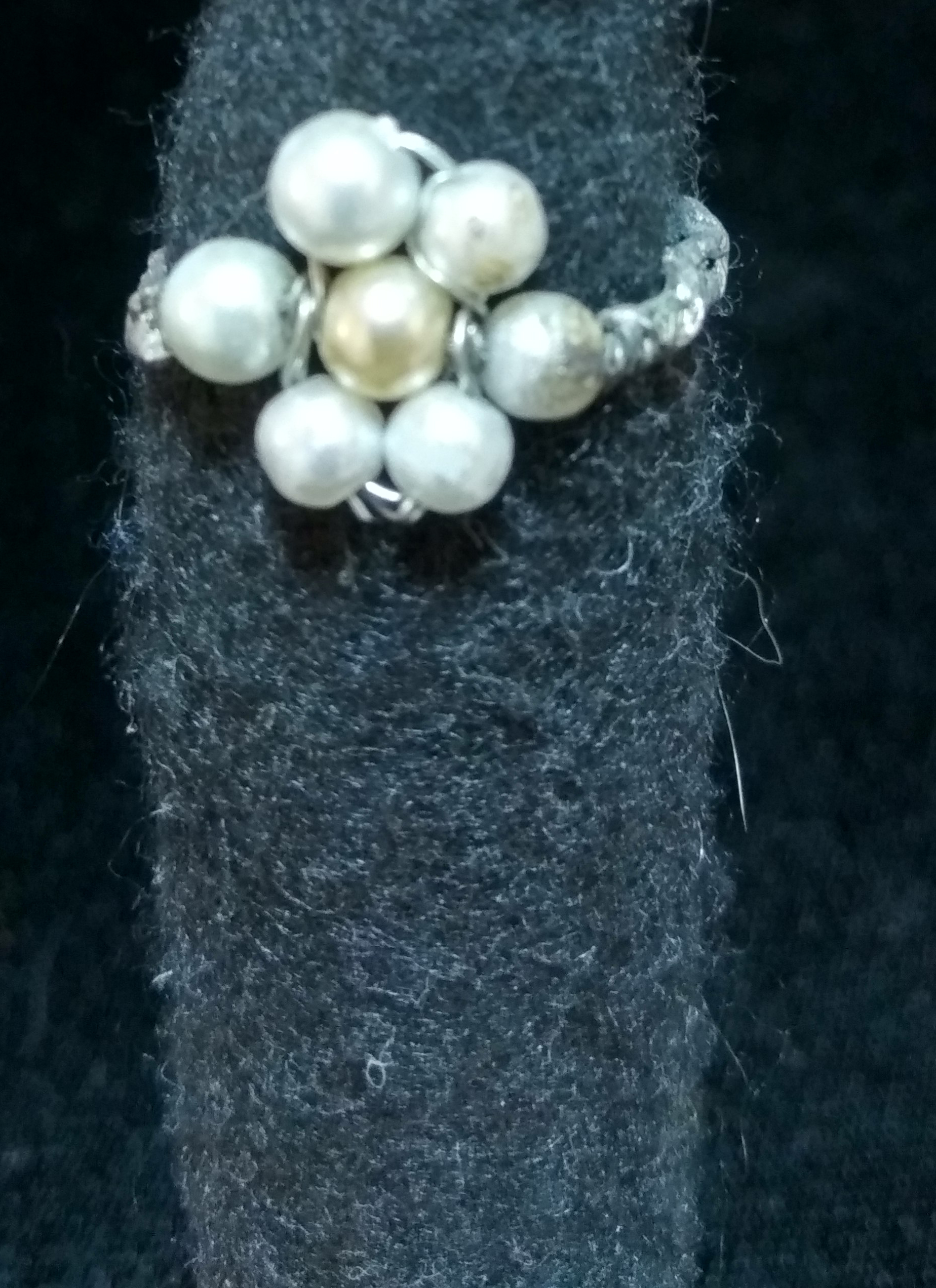 handmade Pearl bead flower ring